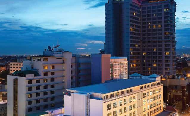 Movenpick Suriwongse Hotel
