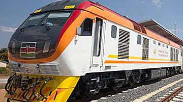 an-encounter-of-safari-railways-03